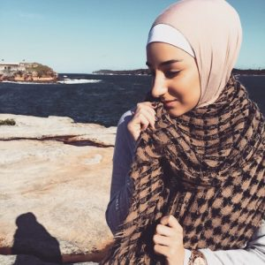 hijabi wardrobe transition from summer to fall