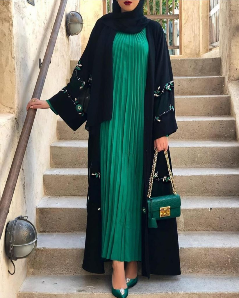 modern and beautiful abayas