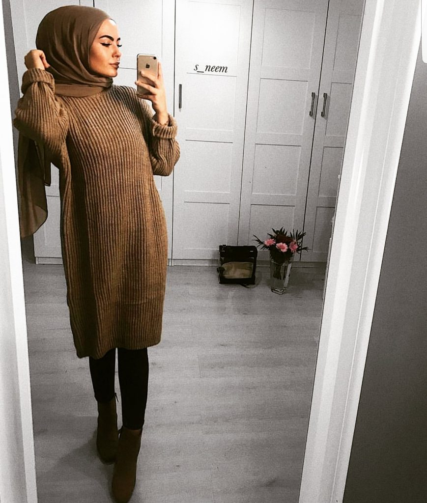 Casual And Simple Hijab Outfits For Winter