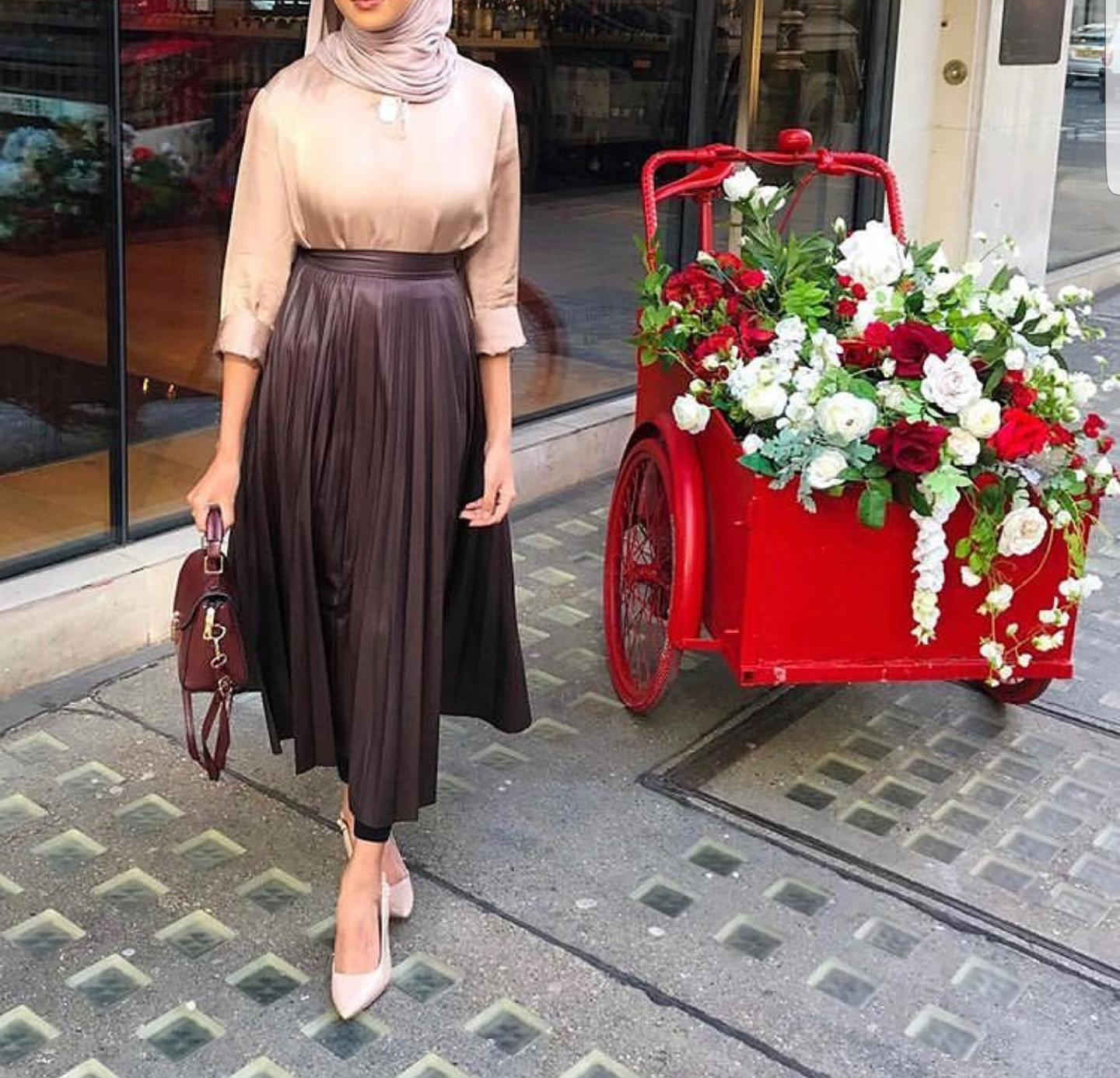 21 Modest Ways To Style Long Pleated Skirts With Hijab Fashion