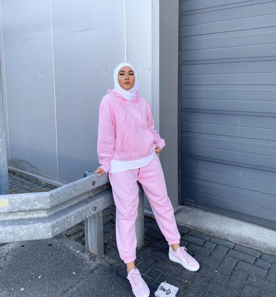 Casual and comfy college outfits with hijab