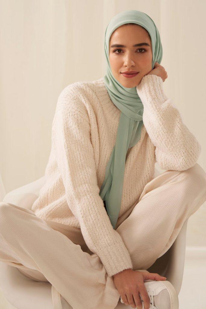 pistachio colour hijab