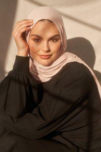 blush hijab